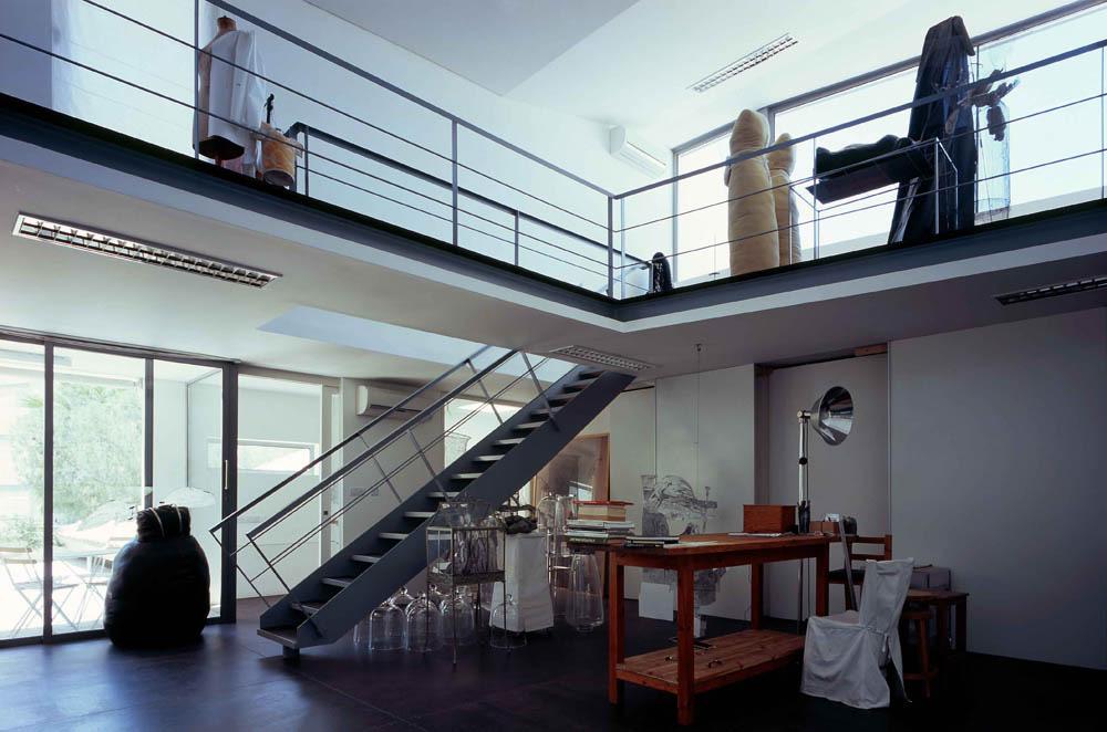 Artist's Studio photo by Yerolymbos, © Yerolymbos