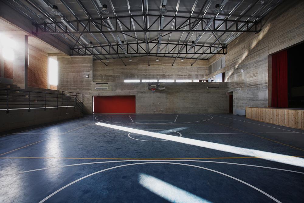 Η αίθουσα πολλαπλών χρήσεων, © Χρίστος Παπαντωνίου