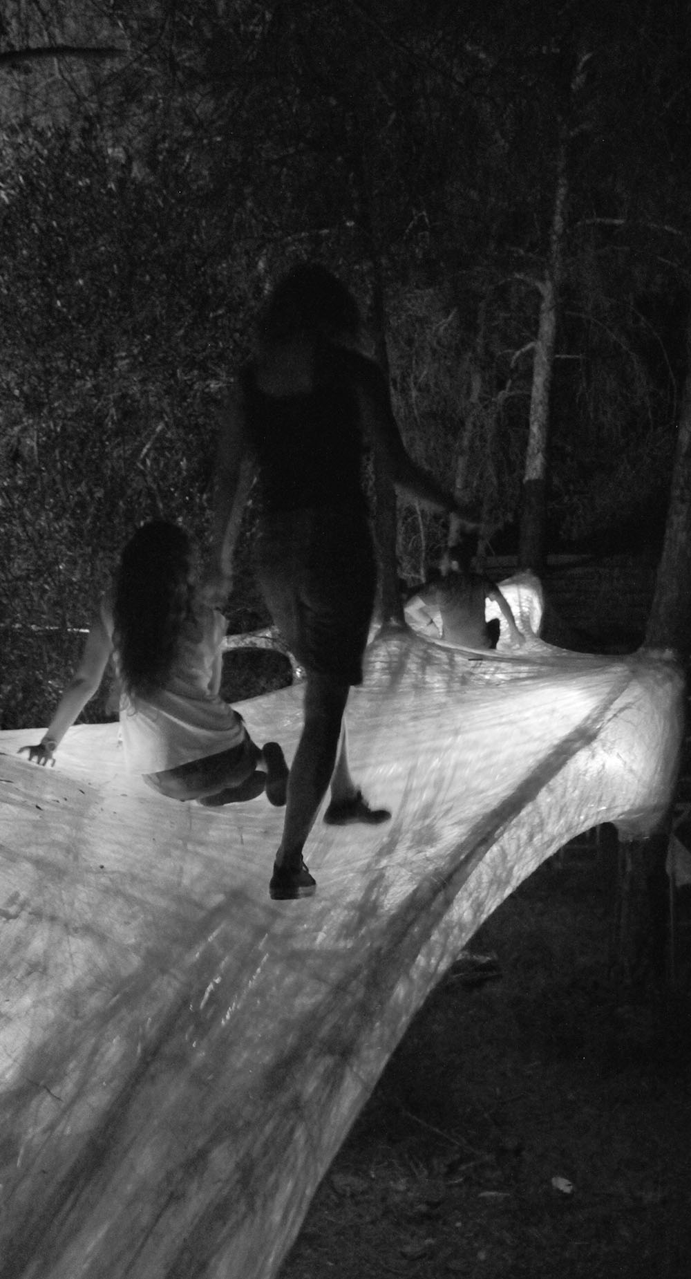 © Ομάδα κατασκευής: Κωνσταντίνος Λουκά, Μαρία Ρουσή, Ελένη Θεοφάνους, Βαλεντίνα Σωτηρίου, Χριστίνα Τάττη, Ηoma Poursartip, Νικόλας Κουρτελής, Σωτήρης Κυπριανού, Μιχάλης Παυλίδης, Κλεάνθης Ρούσσος. Φωτογραφίες από προσωπικό αρχείο Μιχάλη Παυλίδη