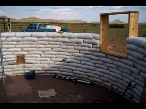 Τρόπος κατασκευής καταλύματος   © http://worddomination.com/superadobe.html