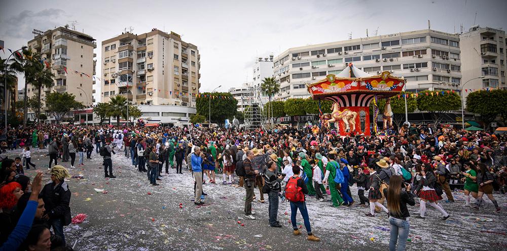 Καρναβάλι Λεμεσού, οδός Αρχ. Μακαρίου, Λεμεσός, 2015 © Χάρης Σολωμού