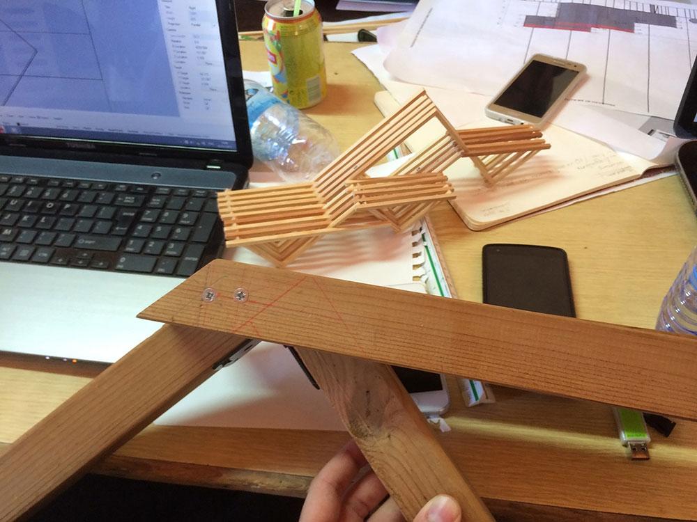 Διερέυνηση συνδέσεων κατασκευής Β © Στέφανη Παπαλλά