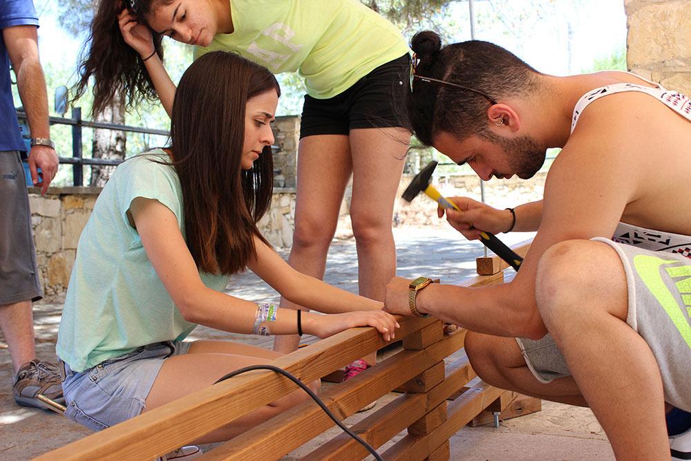 Διαδικασία σύνδεσης & συναρμολόγησης κατασκευής Α © Ναυσικά Κωνσταντίνου